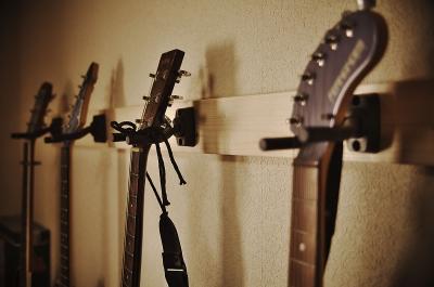 Guitar_hanger