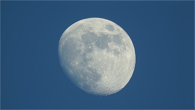 Moon0702_1_reg